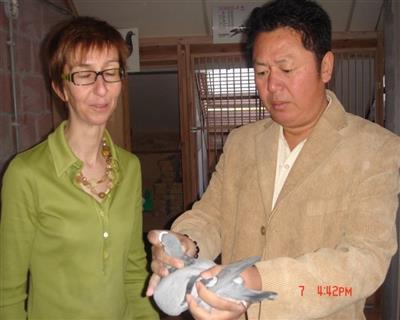 胡琳拜访胡本